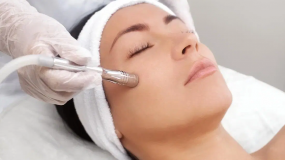 Things To Consider Before Undergoing Antiaging Treatments