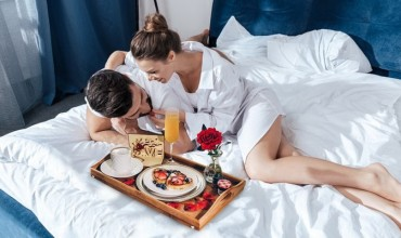 Tips To Make Your Female Partner's Birthday Memorable In 2019