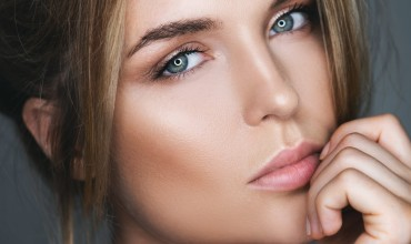 Why Should You opt For Green Contact Lens?
